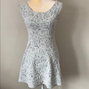 2/$15 En Creme Floral Dress S